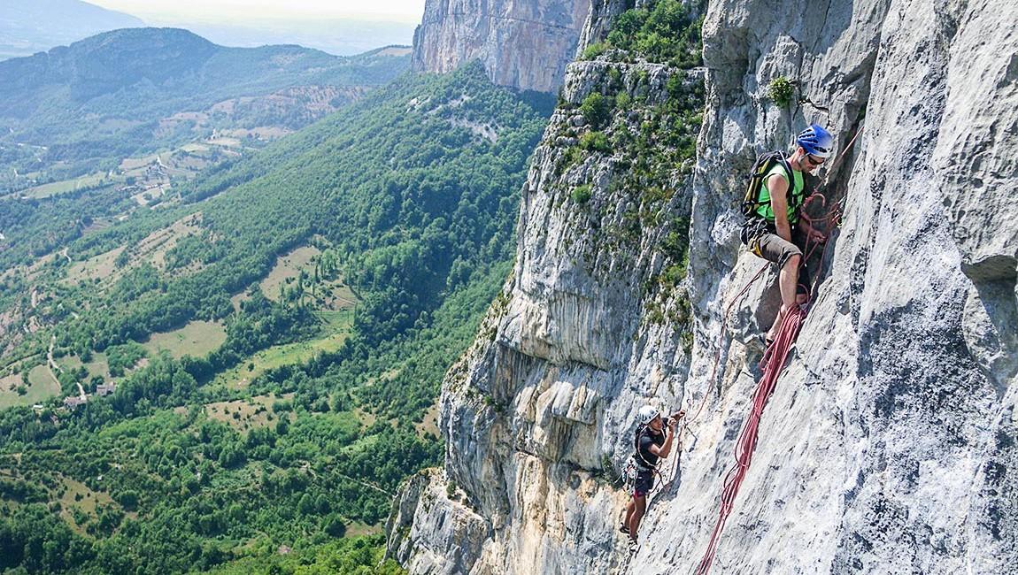 Stage d'escalade grandes voies sur la falaise de Presles