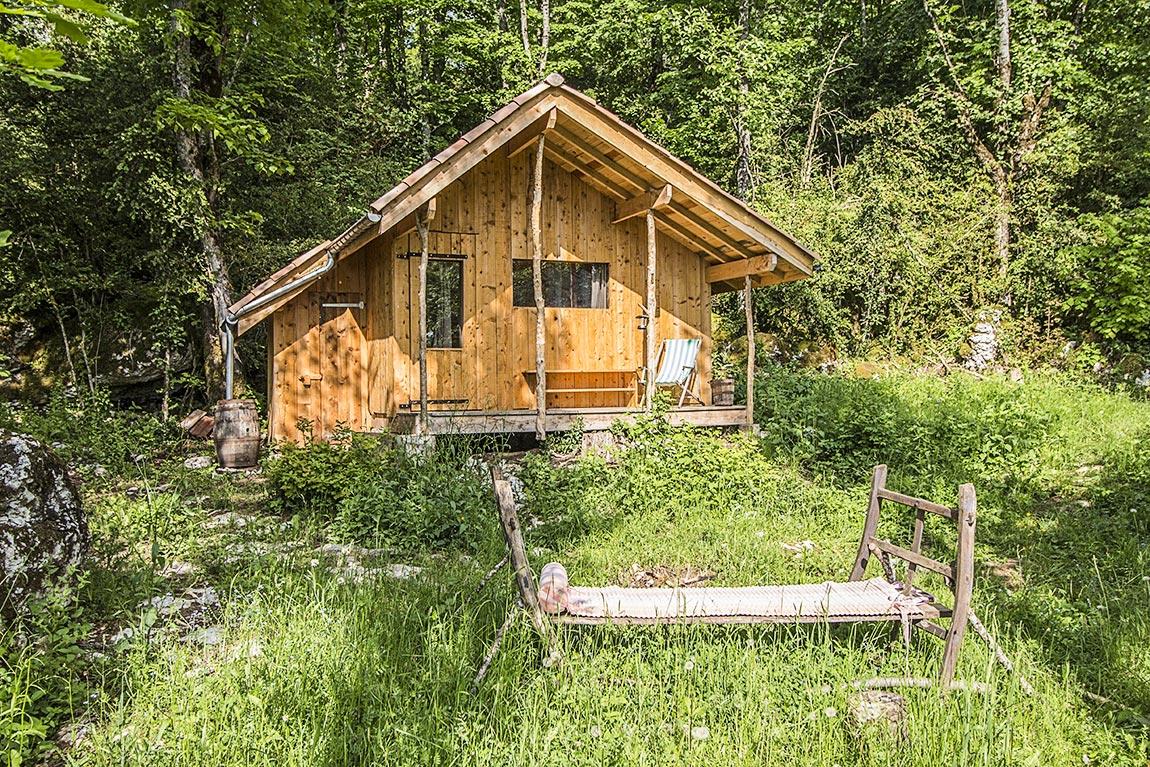 cabane louer dans le vercors entre ciel et pierres. Black Bedroom Furniture Sets. Home Design Ideas