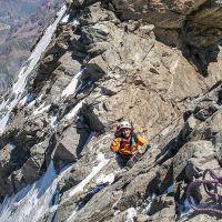 La voie normale de la Meije au-dessus de la brèche du Glacier Carré