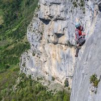 Escalade sur la falaise de Presles