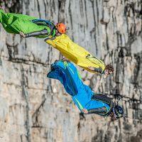 Base-jump sur la falaise de Presles